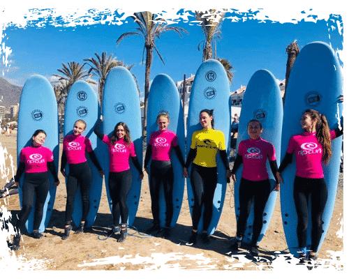 Foto de portada de nuestras clases de surf para grupos en K16 Surf School Tenerife - Las Américas.