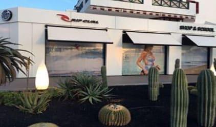 Foto de la fachada de la tienda oficial RIP CURL en Tenerife - Las Américas